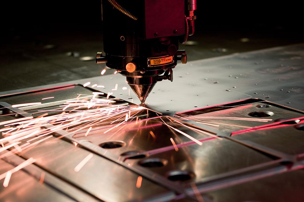 Arbeitsverfahren Laserschneiden bei Jordan Blechworxx